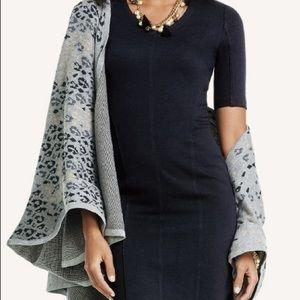 Cabi Gigi grey/black, one-size cape